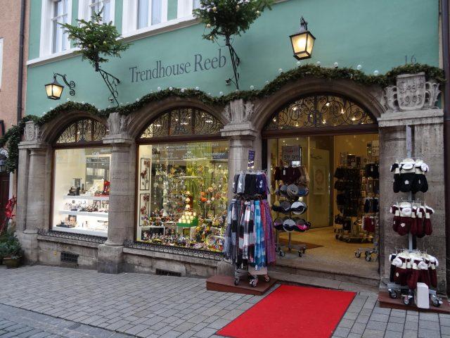 Trendhouse Reeb