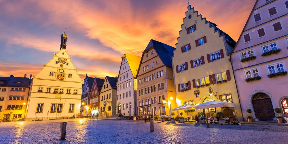Experience romantic Rothenburg in winter – Discover Gift ideas